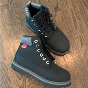 Timberland Shoes - Boys Timberlane 💦 Proof Boots. Size 12.